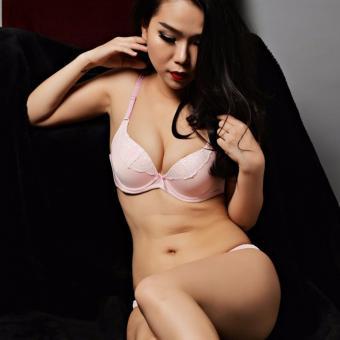 Bộ đồ lót nữ JasminRose B02JR màu hồng