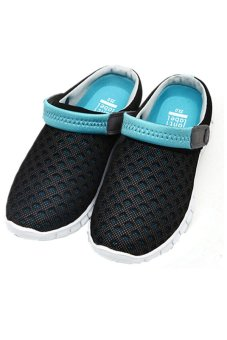 LALANG Korean Hollow Out Breathable Sandals (Blue) - intl