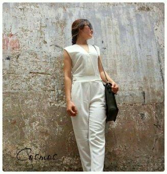 Jumpsuit dài Xavia Clothes Cosmos (trắng kem)
