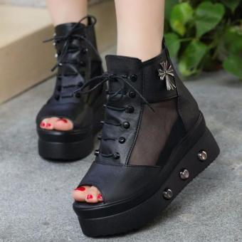 Giày sandal đế độn cá tính S076D (Đen)