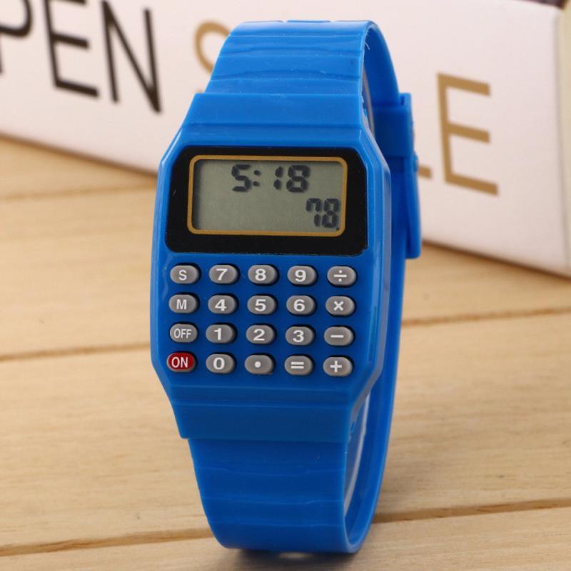 Đồng hồ kiêm Máy tính huyền thoại cho Học Sinh bán chạy
