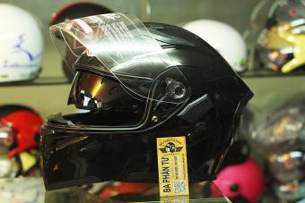 Mũ bảo hiểm fullface lật hàm GXT 2017 Đen bóng