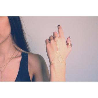 Vòng tay kết hợp nhẫn tạo hình tam giác