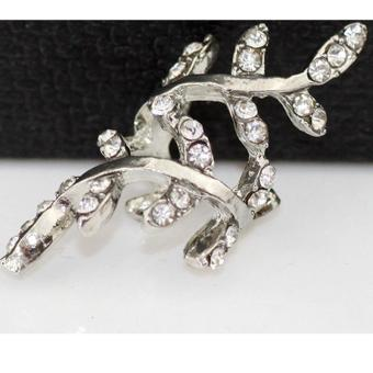 LALANG Fashion Tidal Wave Silver Rhinestone Leaves Non Pierced Ear Clip Earrings Jewelry - Intl