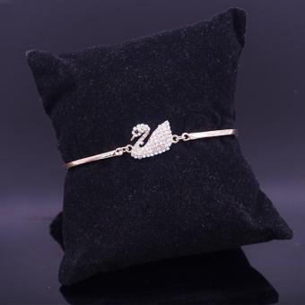 Vòng tay Thiên Nga Tuyết bạc 925 khảm đá tự nhiên (Trắng)