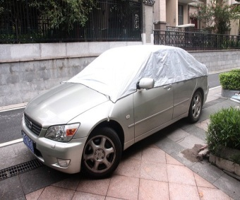 Bạt phủ phản quang chống nóng trần xe 4 chỗ SV5 (Trắng bạc)