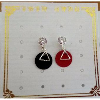 Combo 02 đôi bông tai đỏ đen, hình tam giác, dáng Hàn Quốc