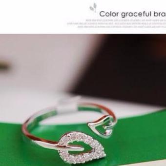 Nhẫn chiếc lá đính hạt phong cách Hàn