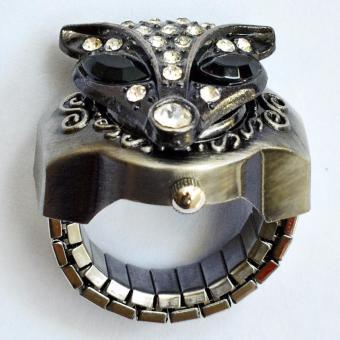 Đồng hồ nhẫn cú mắt đen 01