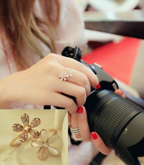 Nhẫn ôm ngón tay retro hoa 5 cánh đính đá (NN12)