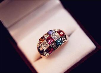 Nhẫn đá hạt nhiều màu dự tiệc phong cách