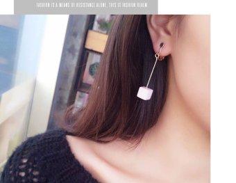 Bông tai kẹp dài hộp vuông mini Hồng