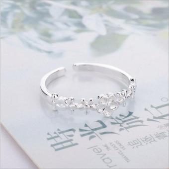 Nhẫn nữ hình hoa Simple Style phong cách Châu Âu (NN02)
