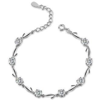Lắc tay bạc nữ đá trắng quý phái