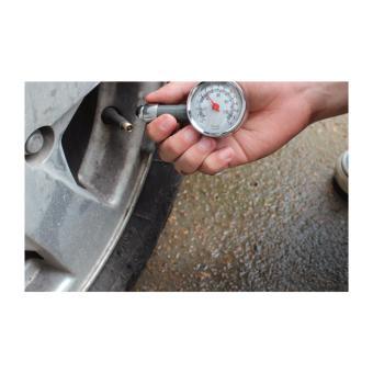 Đo áp suất lốp ô tô,xe máy