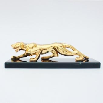 Con Báo Vàng Kiêm Bình Đựng Nước Hoa Trang Trí Cao Cấp Trên Xe Ô Tô (Mầu Vàng)