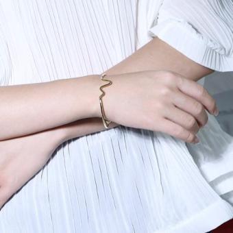 Vòng tay thời trang cao cấp trẻ trung của nữ TH426