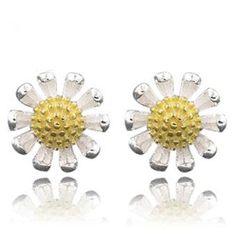 Khuyên tai bạc nữ hình hoa cúc xinh xắn MT01