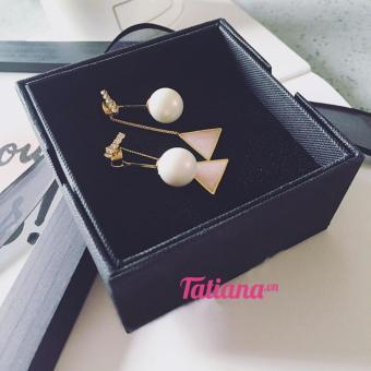 Mua Bông Tai Pearl Drop Triangle Korean B2371 (Vàng) giá tốt nhất