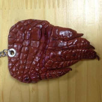Móc chìa khóa da cá sấu cao cấp (Nâu đỏ)