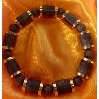 Vòng đeo tay trầm hương Phúc Linh bọc vàng 18k nam