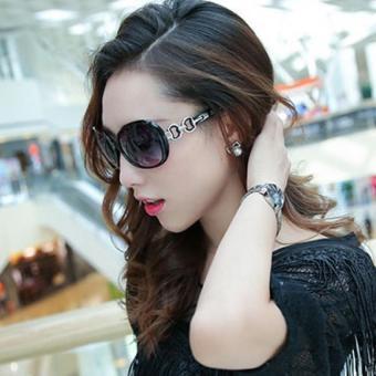 Kính mát nữ thời trang Hàn Quốc sang trọng NEW + Tặng bao da H149 (Đen)