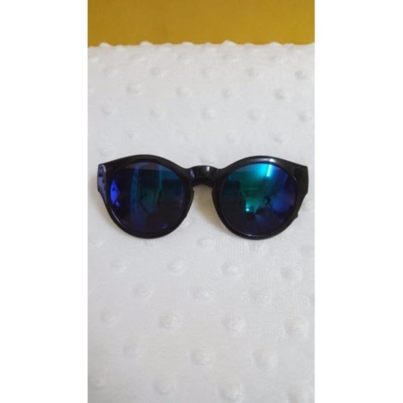Mua Kính mắt trẻ em chống nắng cao cấp mắt tròn (Đen)  + Tặng 1 đôi găng tay lót nỉ siêu cute + Tặng 1 đôi dép nỉ đi trong nhà