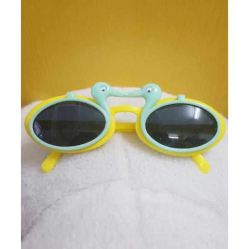 Mua Kính mát trẻ em chống nắng hình con vịt (Xanh vàng)  + Tặng 1 đôi găng tay lót nỉ siêu cute + Tặng 1 đôi dép nỉ đi trong nhà