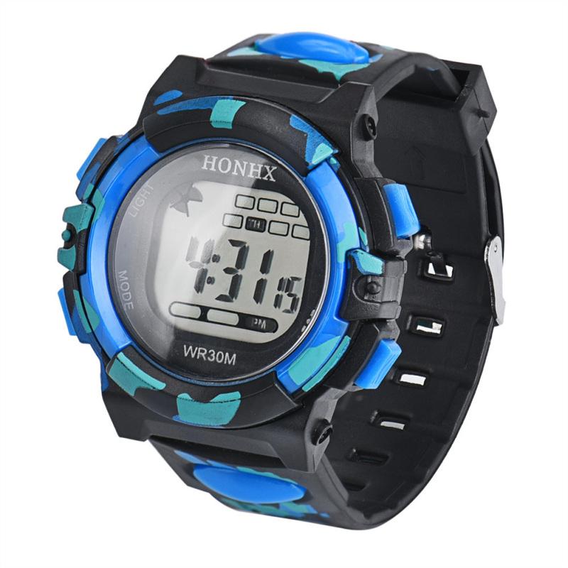 Nơi bán Waterproof LCD Date Rubber Sport Digital Wristwatch (Camouflage+Blue) - intl