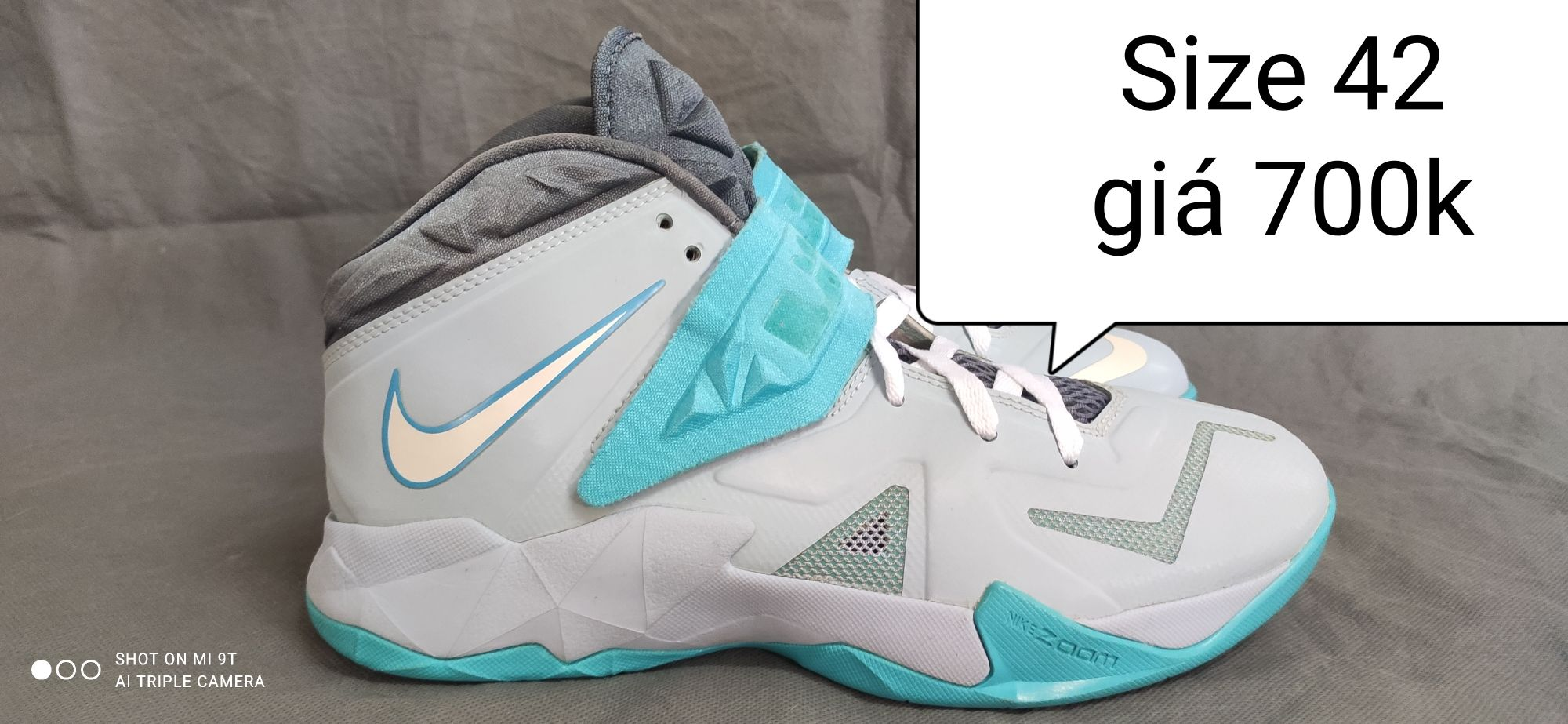 Lebron Soldier 7. Real2hand
