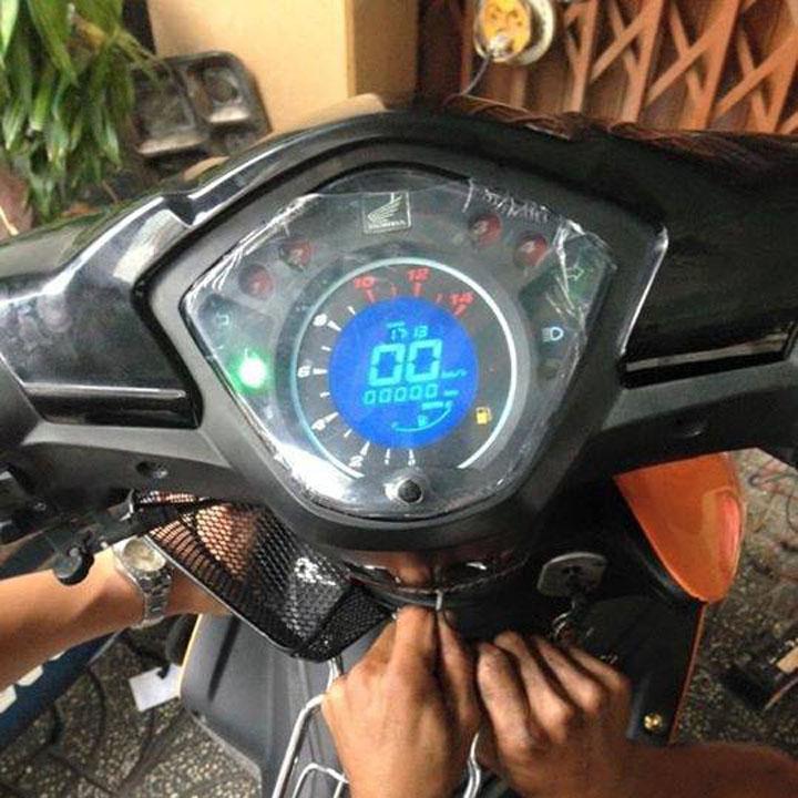 [TRỜI ƠI TIN KHÔNG] Đồng hồ điện tử LCD xe Wave RSX, Wave 110 với led 7 màu siêu nét