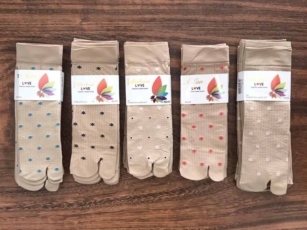Combo 5 đôi vớ da nữ , họa tiết bông , thun dày cotton 100% co giãn tốt , thương hiệu ALAN , ảnh thật thumbnail