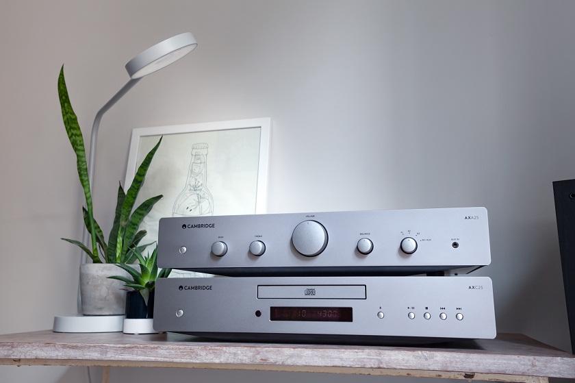 Đầu CD Cambridge Audio AXC25 (Ảnh 2)