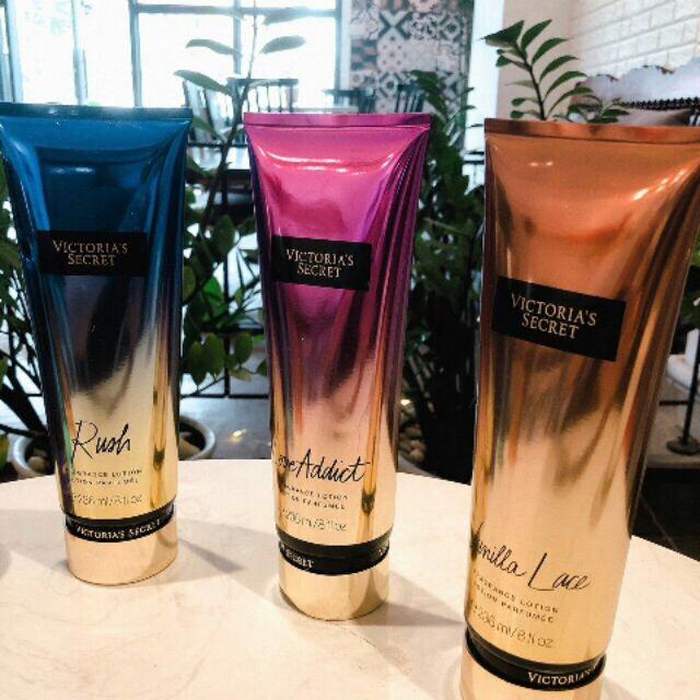 Kem dưỡng ẩm sáng da toàn thân- Victoria's Secret Body Lotion 236ml