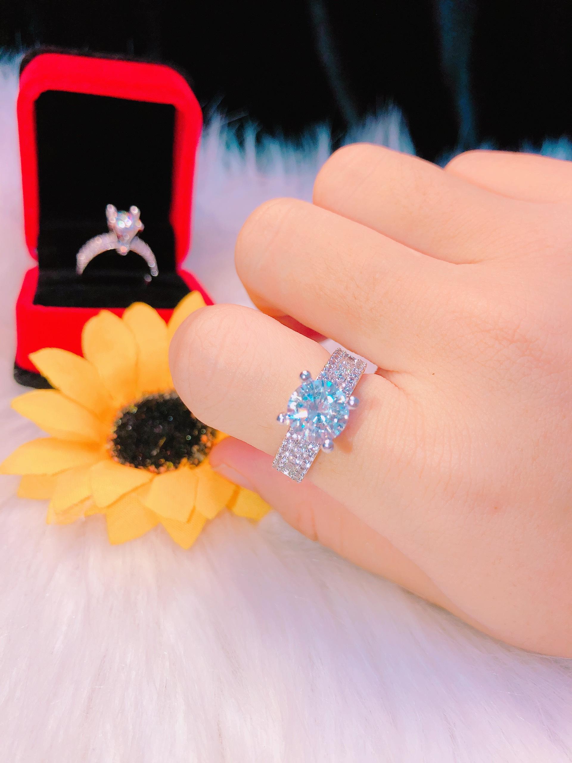 Hình ảnh Nhẫn nữ, nhẫn hột xoàn đá cao mạ bạc cao cấp phai màu Trang Sức Miga N015