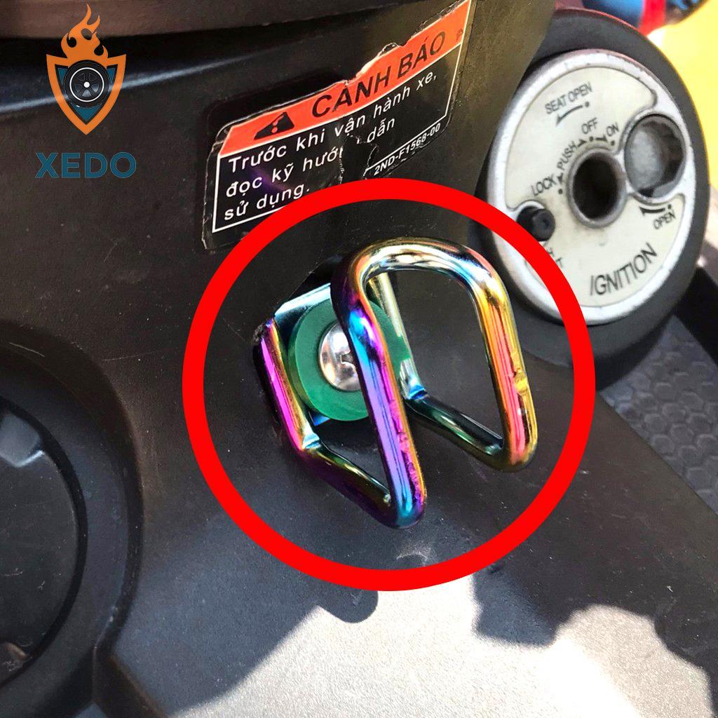 Móc treo đồ xe máy Titan 7 màu - lắp mọi dòng xe máy